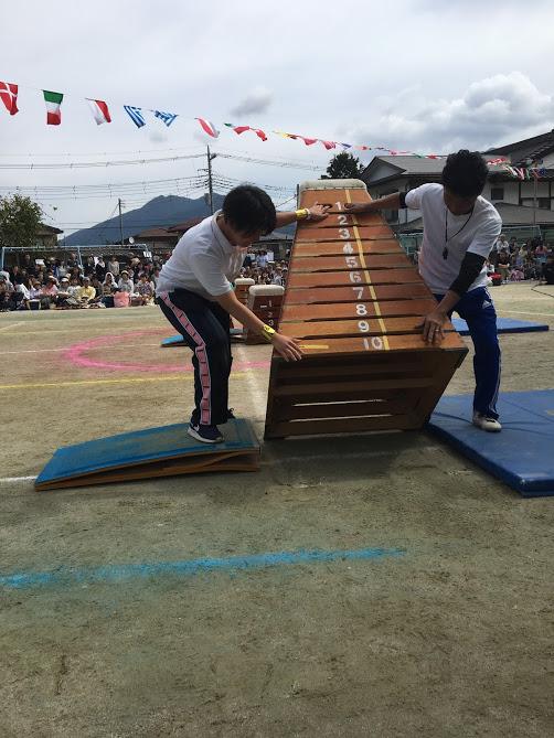 跳び箱10段を普通に跳ぶ幼稚園児たちの『出来て当然』マインド